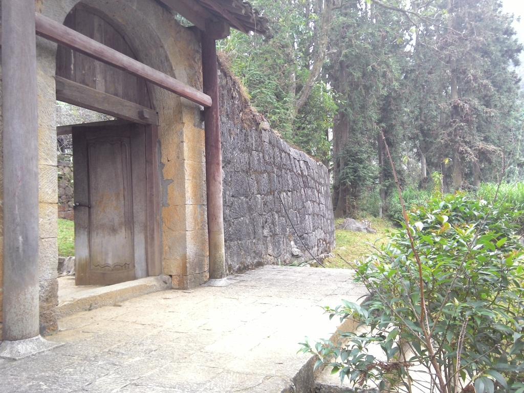 Dinh thự Họ Vương – Vua Mèo Tại Sả Phìn, Đồng Văn, Hà Giang