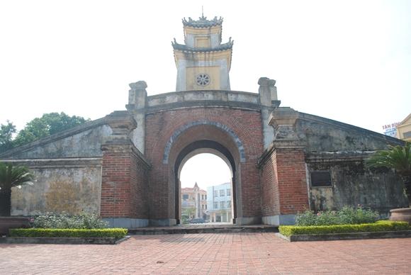 Hà Nội – Vũng Chùa Đảo Yến – Động Thiên Đường – Biển Nhật Lệ, đoàn riêng