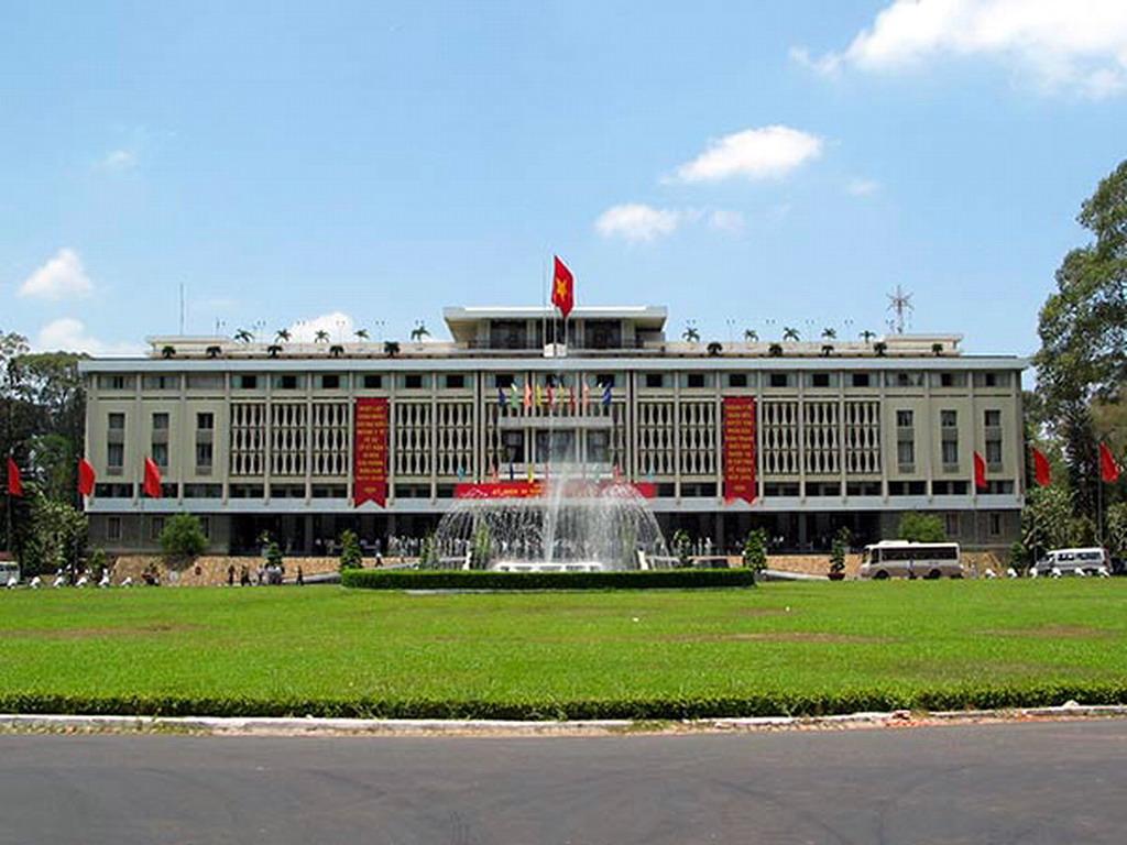 Hà Nội – TP. Hồ Chí Minh – Vũng Tầu, 4 ngày/3 đêm