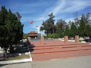 Tượng đài Bác Hồ