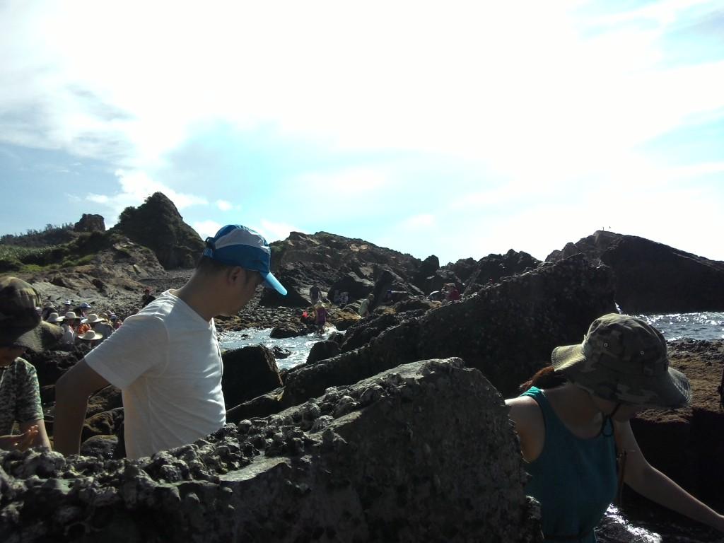 Bãi đá cầu Mỵ - hay con gọi Bái đá Móng Rồng